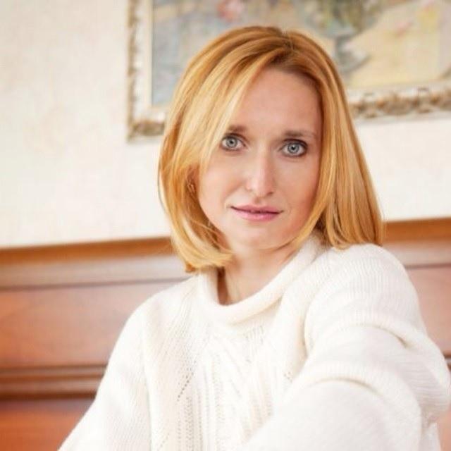 Лариса Суркова книги
