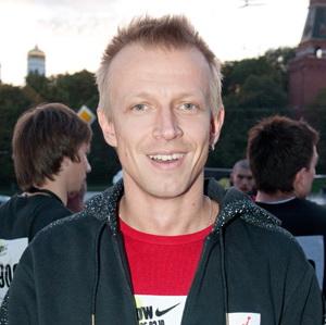 Антон Комолов книги