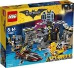 Конструктор LEGO Нападение на Бэтпещеру (70909)