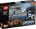 Конструктор LEGO Контейнерный терминал (42062)