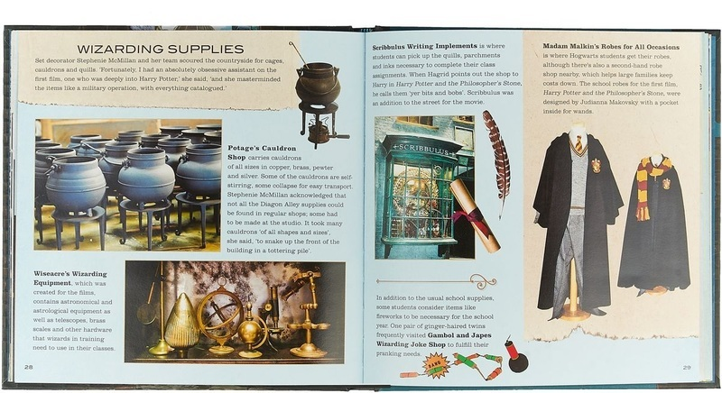 "Купить книгу ""Harry Potter — Diagon Alley: A Movie Scrapbook"""