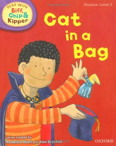 """Купить книгу """"Read With Biff, Chip and Kipper. Level 2. Cat in a Bag"""""""