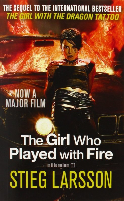 "Купить книгу ""The Girl Who Played with Fire (Book 2)"""