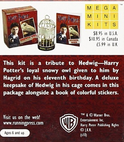 "Купить книгу ""Harry Potter Hedwig Owl Kit and Sticker Book"""
