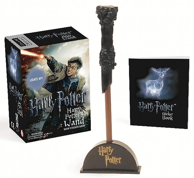 "Купить книгу ""Harry Potter Wizard's Wand with Sticker Book: Lights Up"""