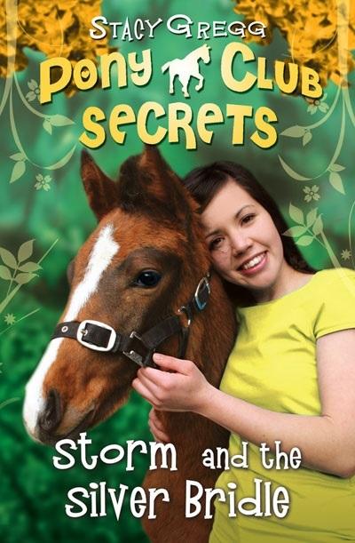 "Купить книгу ""Pony Club Secrets: Storm and the Silver Bridle"""