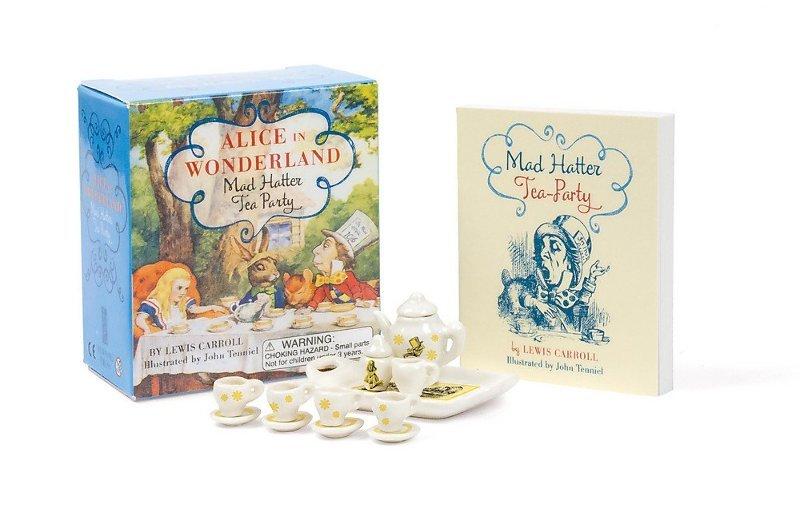 "Купить книгу ""Alice in Wonderland: Mad Hatter Tea Party Set"""