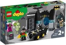 Конструктор LEGO Бэтпещера (10919)